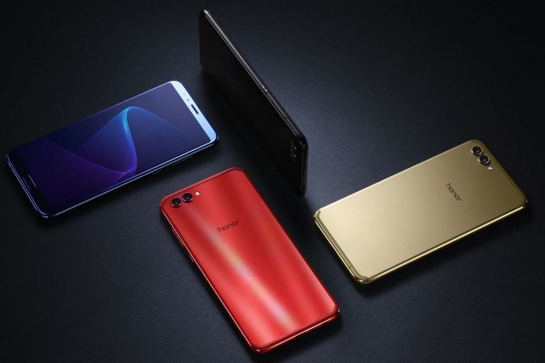 Here's the honor V10 in all it's bezel-less glory