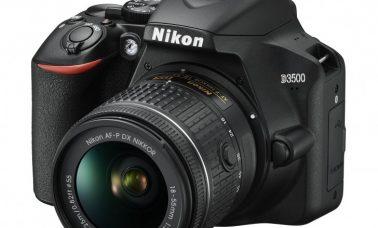 Nikon D3500 front